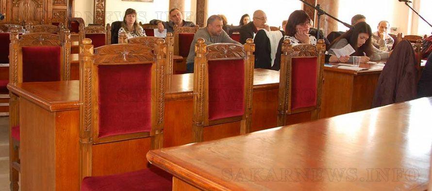 БСП напусна ОбС, а Светлана Николова се въздържа при приемане на декларация за бежанския лагер