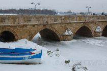 Река Марица в Свиленград замръзна