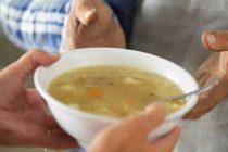 """Събират молби за """"топъл обяд"""" в Симеоновград"""