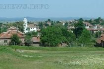 Масирано присъствие на 4 служби в един ден в село Радовец