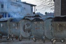 Палят съдовете за битови отпадъци, а после критикуват управата