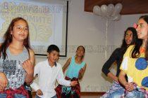 Балони полетяха към небето за Международния ден на ромите