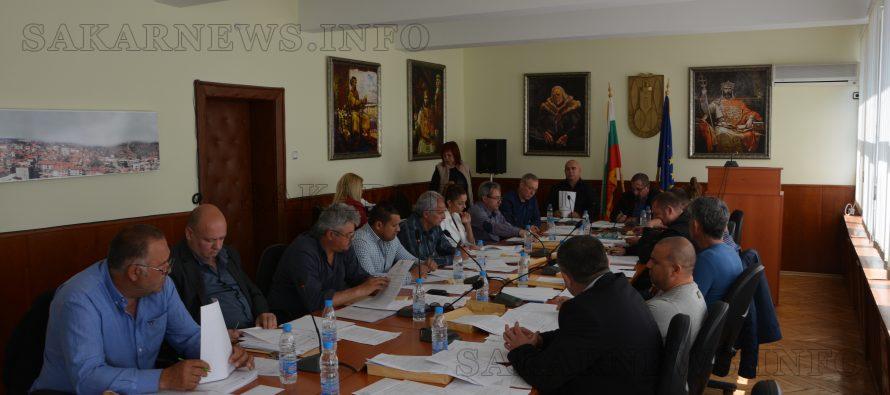Съдбата на 4 тополовградски училища е в ръцете на министъра