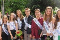 """Ученици от """"Вазов"""" са сред  най-добрите седмокласници на НВО"""