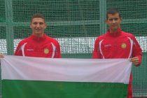 Хокеисти подкрепиха националния отбор в Полша
