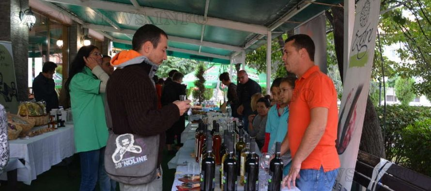 Местни производители показаха свои продукти на изложение