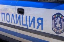 Полицаи задържаха мними полицаи