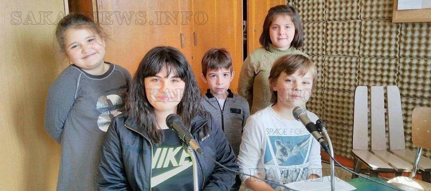"""В СУ """"Неофит Рилски"""" ученици направиха презентация на народните будители"""