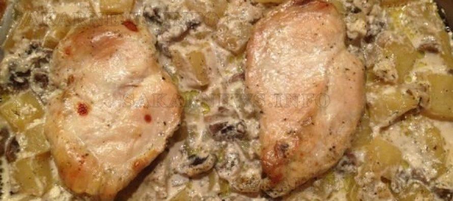 Пилешко филе с картофи и гъби