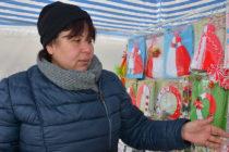 Снeгът и поривистият вятър не уплашиха търговците на мартеници
