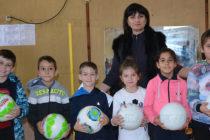 По подобие на Левски деца от няколко училища  правиха лъвски скокове