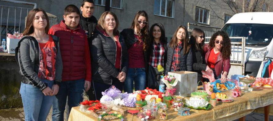 Благотворителна инициатива на ученици от Тополовград