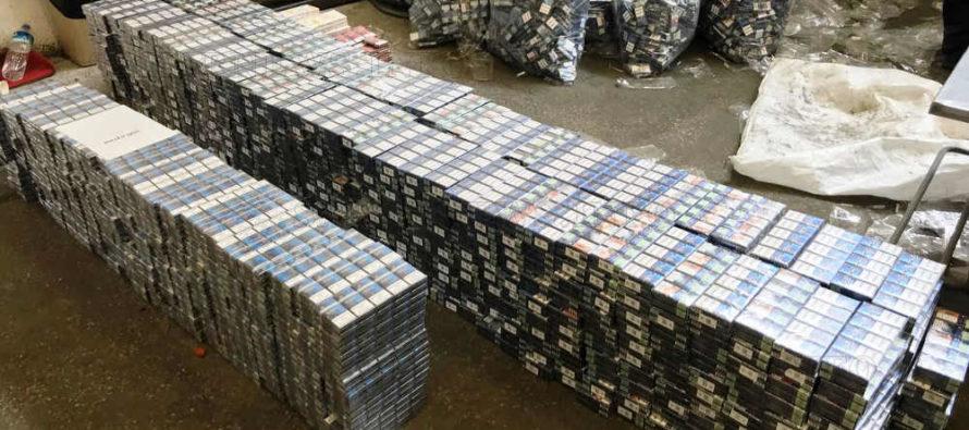 Контрабандни цигари за 170 605 лева задържаха на Капитан Андреево