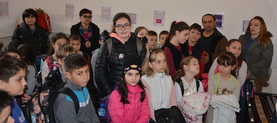 Накити на българката са подредени в музей