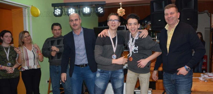 Наградиха призьорите от младежкия бридж лагер в Любимец