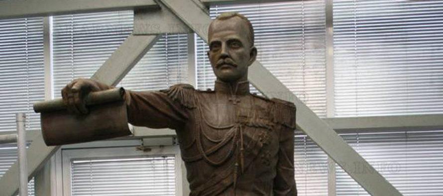 Харманлийски скулптор  извая статуя на великия  княз Павел