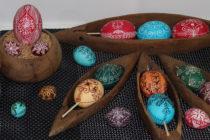 Яйца, изписани с български шевици, представя  изложба в музея на Свиленград