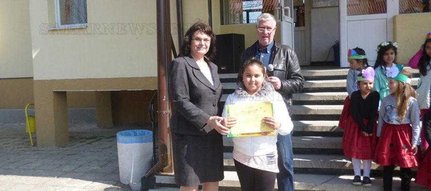 Ученичка от Харманли с единствената награда за област Хасково