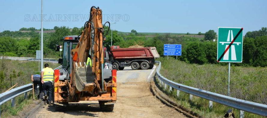 """Ремонтират пропаднала тангента от пътен възел """"Симеоновград"""""""