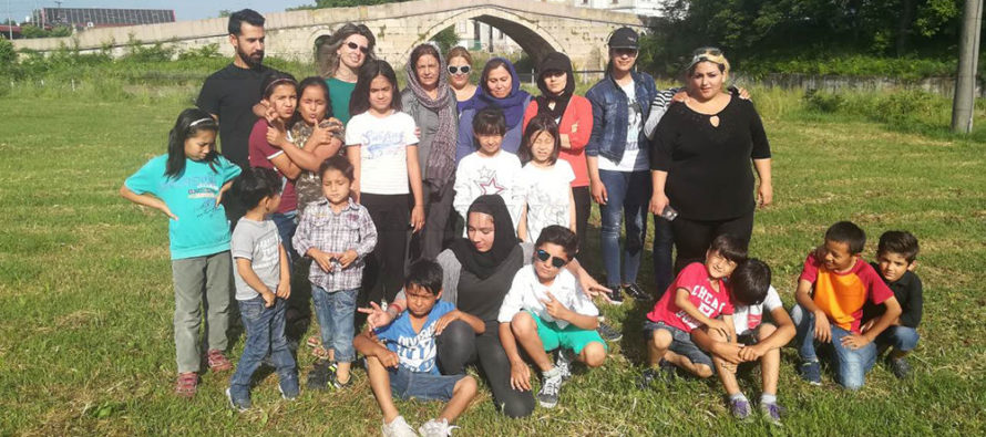 Чужденци чуха историята за Града на Белоногата