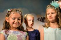 Малки госпожици  сложиха короната на Мини Мис Тополовград
