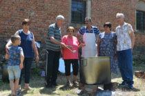 Кметът на Ефрем откри празника на селото  със стихове за него