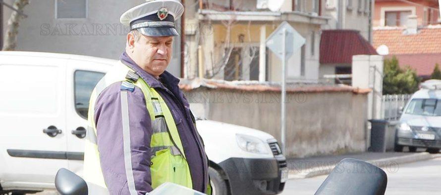 Уволниха полицая, не санкционирал бащата на президента