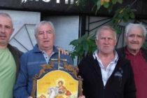 "Тодоровци подариха икона на храма ""Св. Петка"""