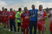 Футболисти почетоха паметта  на Митко Петков – Конти