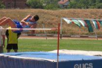Юноши се срещнаха в надпреварата по лека атлетика в лятна спартакиада