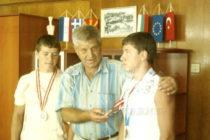 Кметът на Тополовград награди близнаците – джудисти