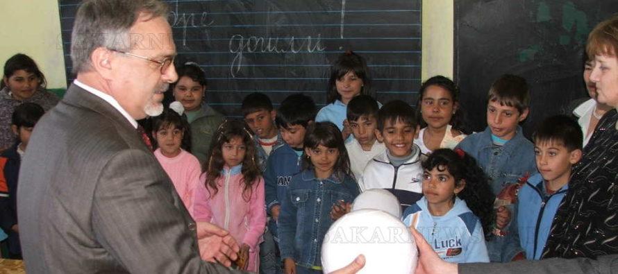 Министър обеща да ремонтира училището в село Тянево