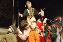 В Ивайловград Коледната елха освети площада