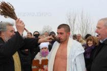 В Любимец кръста  от река Бисерска извади Ицо Мавродиев