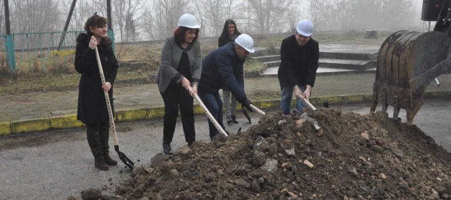 Започнаха ремонт на улици в Симеоновград