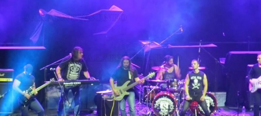 John Steel подгряха публиката преди Uriah Heep