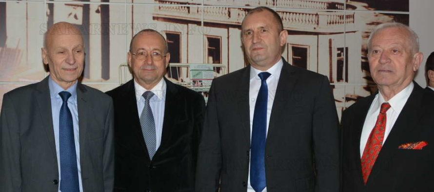 В Хасково президентът се срещна с бизнеса и дипломати