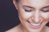 Подхранване и стягане кожата на лицето