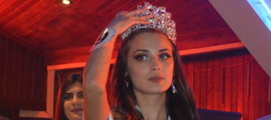 """Девойка от Харманли сложи корона на """"Мис Модел на България 2019"""""""