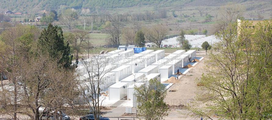 Мигранти няма, но ще строят фургонни лагери