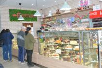 """Най-сладките мигове в Харманли са в сладкарница """"Парапина"""""""