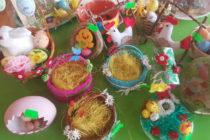 Училища събраха средства за каузи от Великденски базари