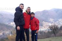 Трима хокеисти от Харманли ще  защитават честта на националния отбор