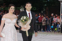 Зрелостниците в Тополовград  бяха изпратени с тържество