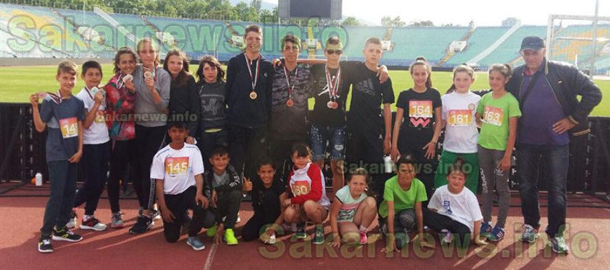 Спортисти спечелиха 13 медала от Атлетическа лига