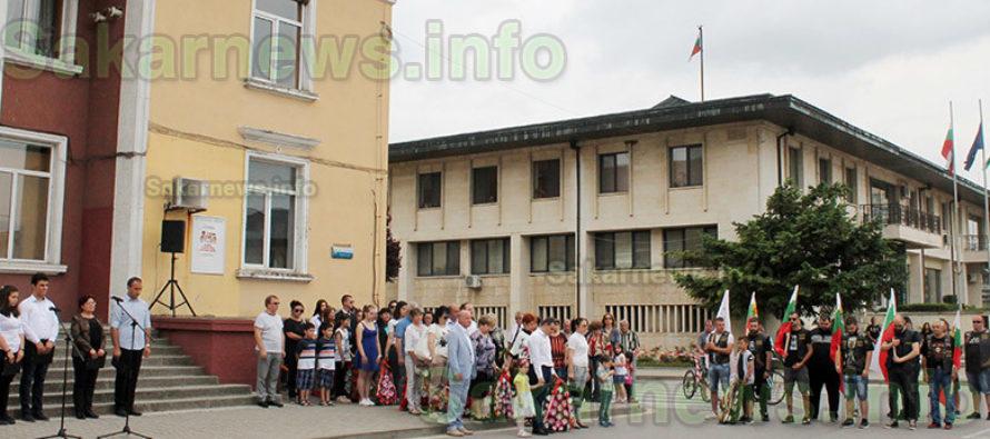Със знамена, венци и цветя свиленградчани почетоха  паметта на загиналите герои