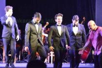 """Италианци превърнаха димитровградския театър в """"Ла Скала"""""""