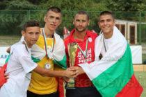 Спортисти и треньор с принос за II място на Европейско по хокей