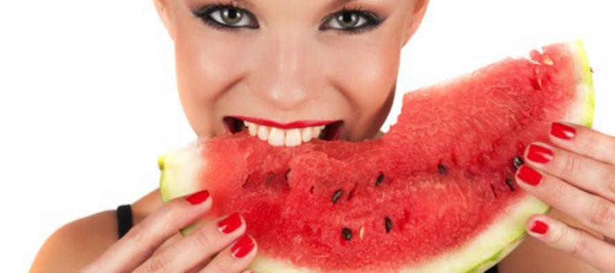 Динята, кората и семките й са полезни за здравето