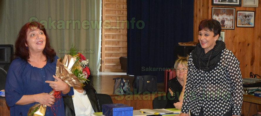 """Катя Димова ще ръководи Синдикат """"Образование"""" в Града на Белоногата"""